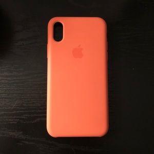 Apple iPhone X/XS Silicone Case — Peach